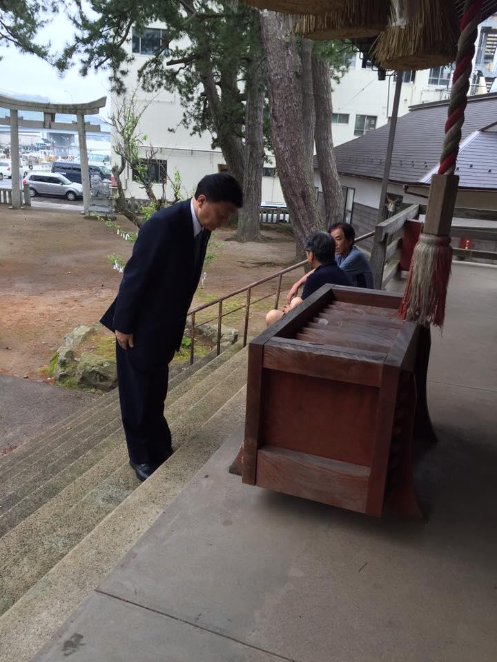 かつて竹島漁猟の無事を祈願した、水祖神社にお詣り。