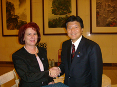 ブルガリア・ヤネヴァ経済・エネルギー副大臣と