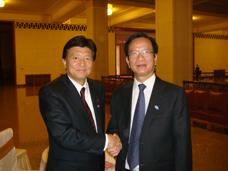 ベトナム・フック計画投資大臣と